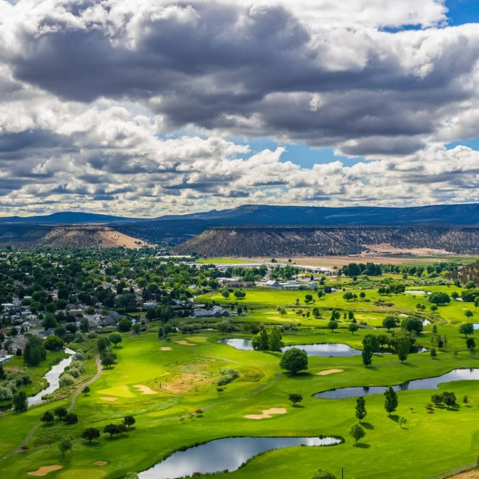 View of Meadow Lakes Golf Course, a course near Prineville