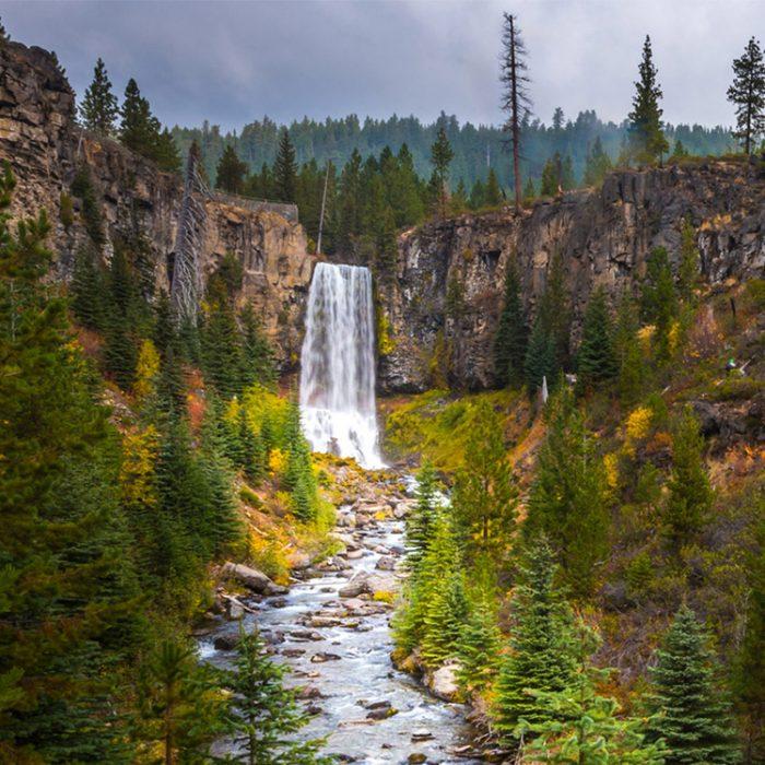 Scenic view of Tumalo Falls